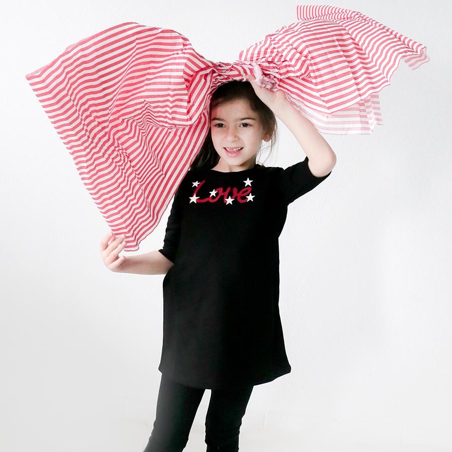 """Μπλουζοφόρεμα μαύρο με σχέδιο """"love"""" (Girls Bow fleece dress) – Meli ... e5abcb887da"""